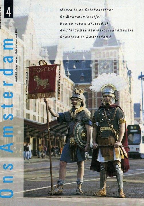 """Gemina project oprichters Peter de Haas (links) en Paul Karremans (rechts) sieren de cover van """"Ons Amsterdam"""" in 1990."""